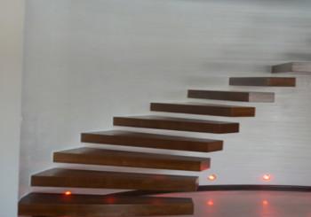 Nowoczesne typy schodów drewnianych